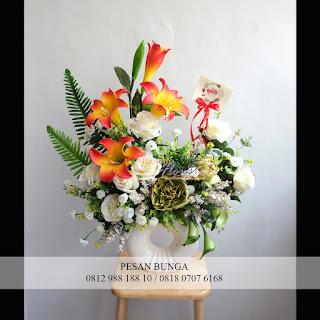 Florist Jakarta, Jual bunga meja murah, Jual bunga meja plastik,