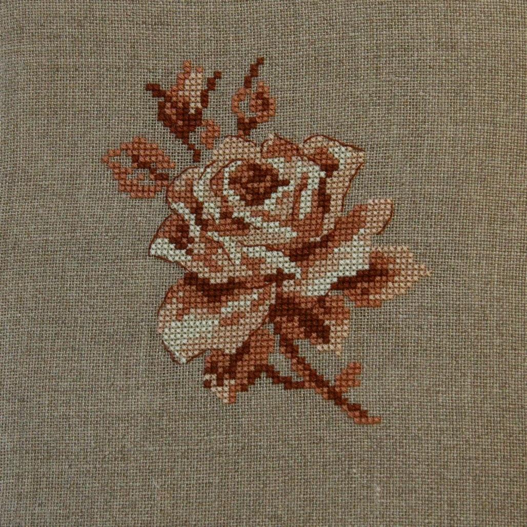 """Róża z """"Dans mon jardin au point de croix"""" - Véronique Enginger"""