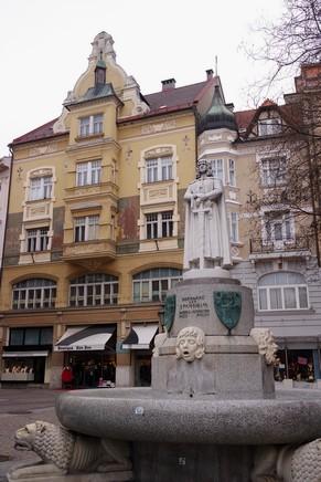 autriche klagenfurt carinthie dr arthur lemisch platz