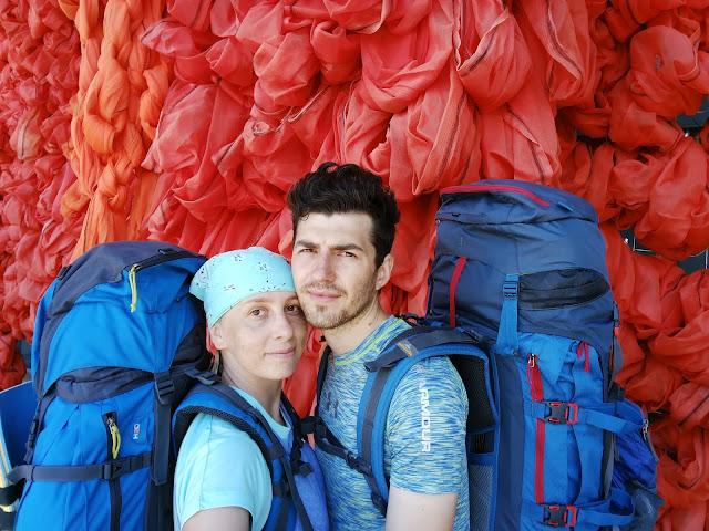 поход, тур, норвегия, туристы с рюкзаками, туризм, рюкзак синий,