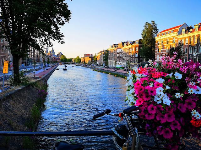 Travel 72 Hours in Amsterdam Child Free autistic and pregnant autistic mum life sharing pregnancy and parenting experiences from the autism spectrum