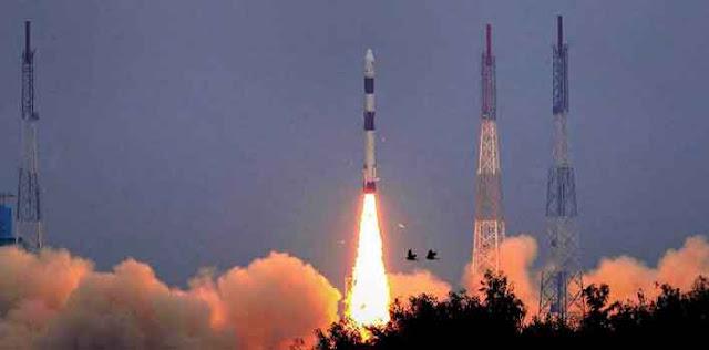 इसरो ने अब तक का सबसे भारी उपग्रह जीसैट-11 अंतरिक्ष में भेजा