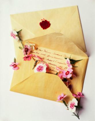Những bức thư mầu nhiệm