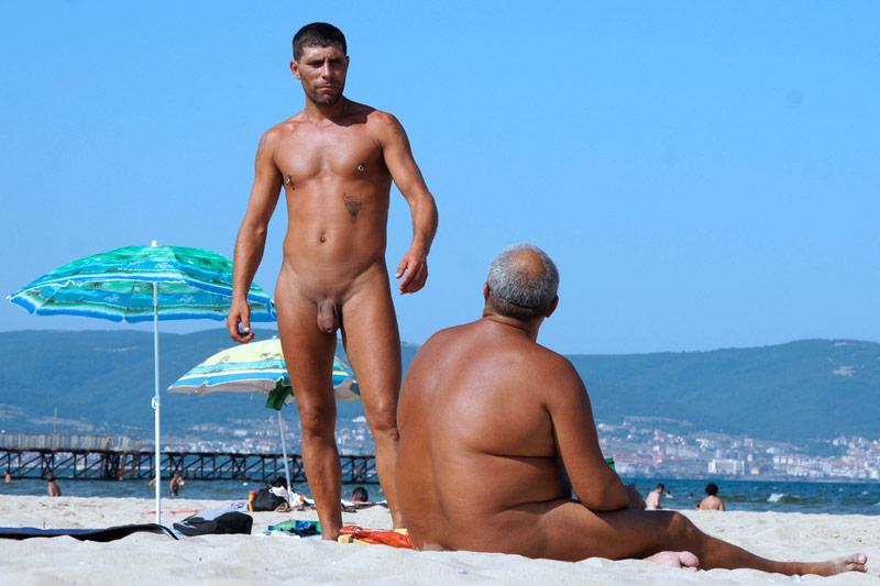 Gay nude recreation