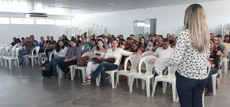 Manejo clínico de arboviroses reúne grande número de profissionais de saúde em Patos