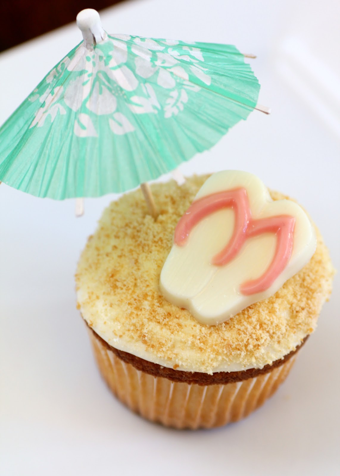 Recipe Snobs Island In The Sun Cupcakes