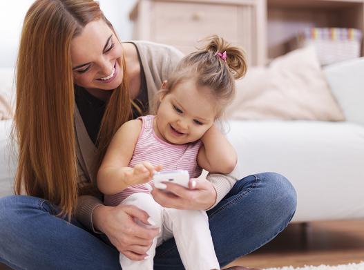 كيف تحمي طفلك من الإدمان على الهاتف