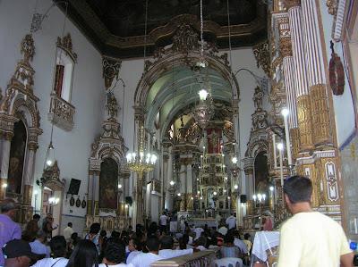 Interior Basílica Senhor do Bonfim, Señor del Buenfín, Salvador de Bahía, Brasil, La vuelta al mundo de Asun y Ricardo, round the world, mundoporlibre.com
