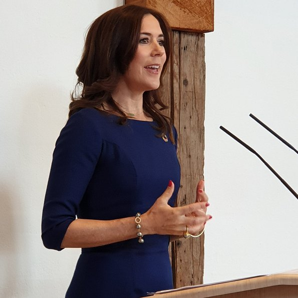 Crown Princess Mary wore Prada dress, Prada nnude pointed toe pumps and she carried Prada saffiano bag
