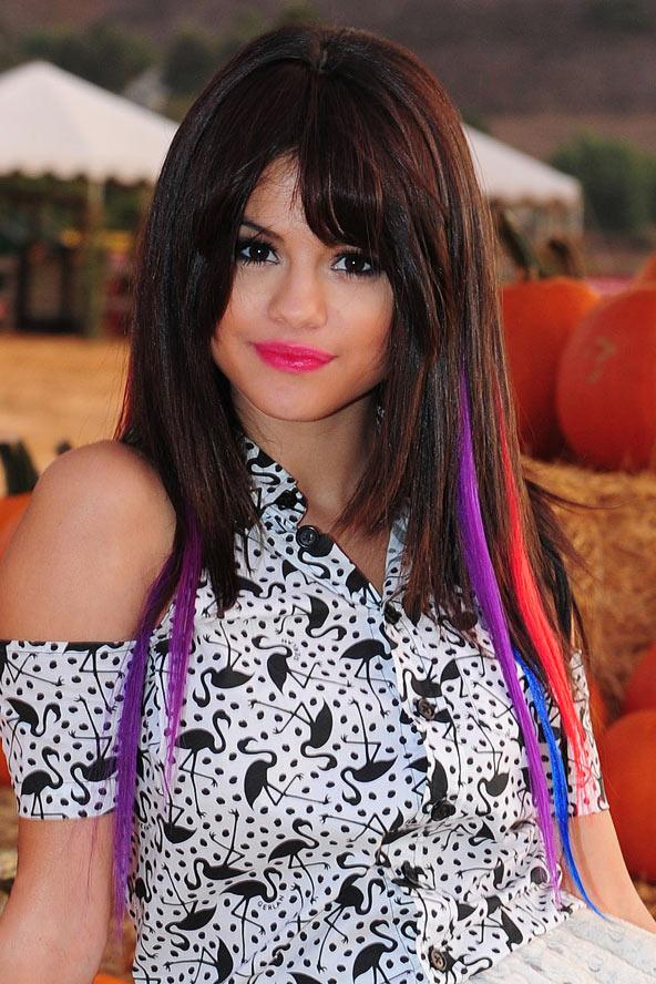Celebrity Fashion World: Selena Gomez Hair Color 2012