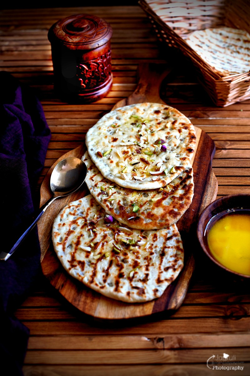how to make peshwari naan bread coconut