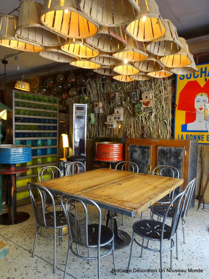 Brocante d coration un nouveau monde visite de la for La boutique deco