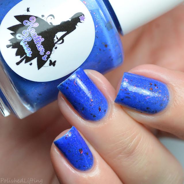 blue to white thermal nail polish
