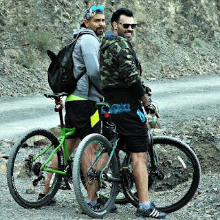Ciclistas em Villavicencio 6 - Olhando para a Foto