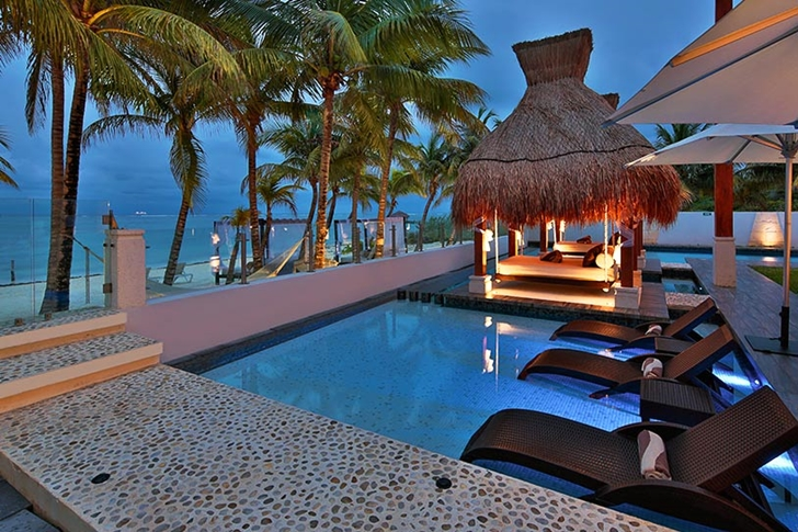 Terrace and swimming pool in Modern villa on the beach in Mexico