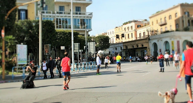 maratona, fotografo, corridori, città, palazzi