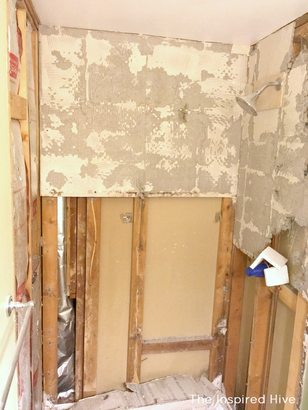It's demo day! Master bathroom demolition for the One Room Challenge makeover.