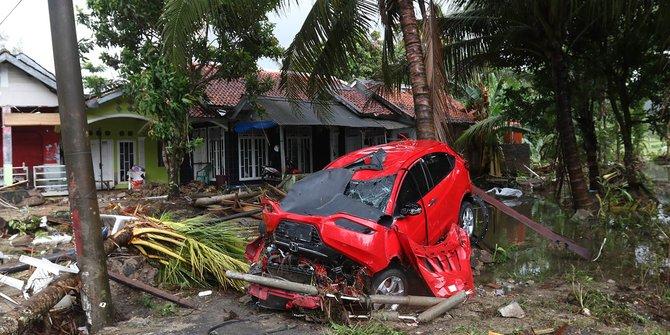 "Cerita Korban Tsunami Banten ""Dengar Ceramah Misterius di Gulungan Ombak"""