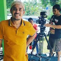 Asrul Dahlan sebagai Ayah Madun bernama Syafei
