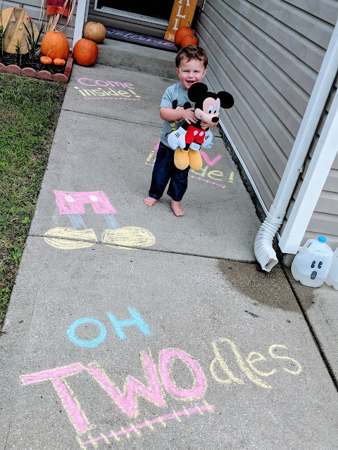 Oh TWOdles, oh Toodles, Mickey's Clubhouse party, second Birthday party, mickey party, second birthday, Mickey party decorations, DIY mickey mouse party, mickey clubhouse birthday party, boy theme party, birthday party, Mickey inspired party, Disney birthday party, Disney inspired party, chalk art, chalk decor, come inside it' fun inside, party welcome, party decor, chalk mickey, welcome sign,