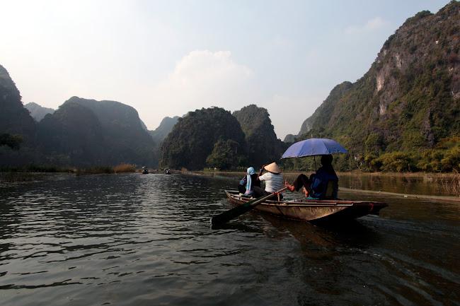 Barca en Tam Coc