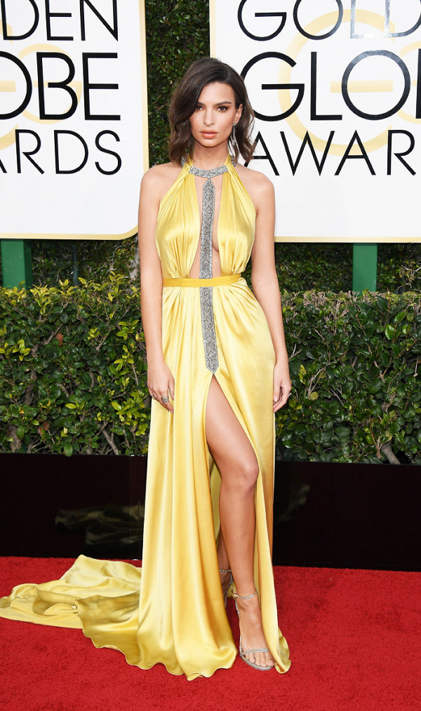 Sexy outfits golden globes — photo 3