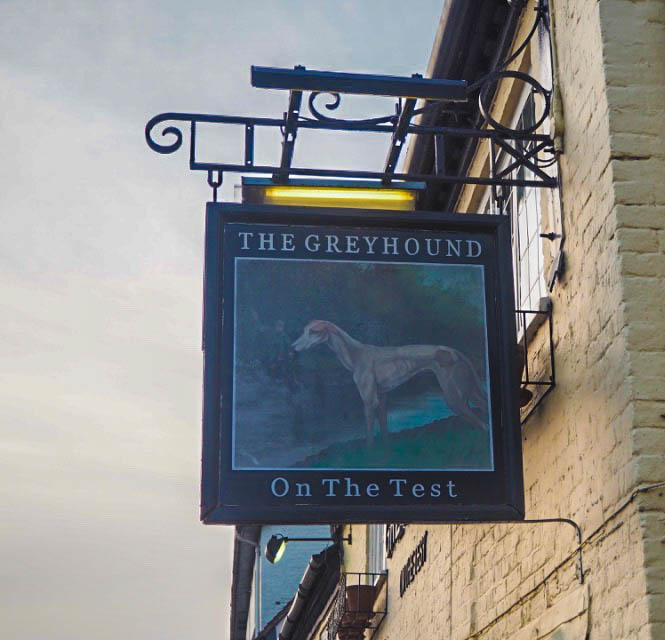 greyhound on the test hotel hampshire review