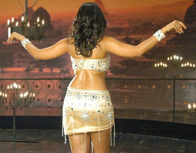 Tollywood Actress Anushka Shetty Hot Thigh Show Photos In White Bikini
