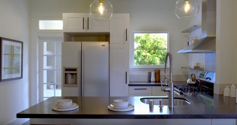 14 Photos vs 5724 Gaskill St, Oakland, CA vs. Home Interior Design Tour