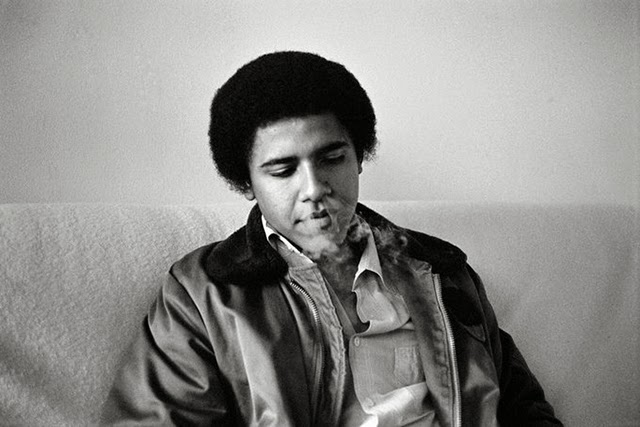 20 Fun And Intimate Black And White Photographs Of Barack