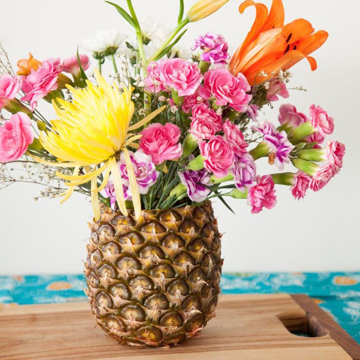 DIY - hazte este jarrón tropical con una piña