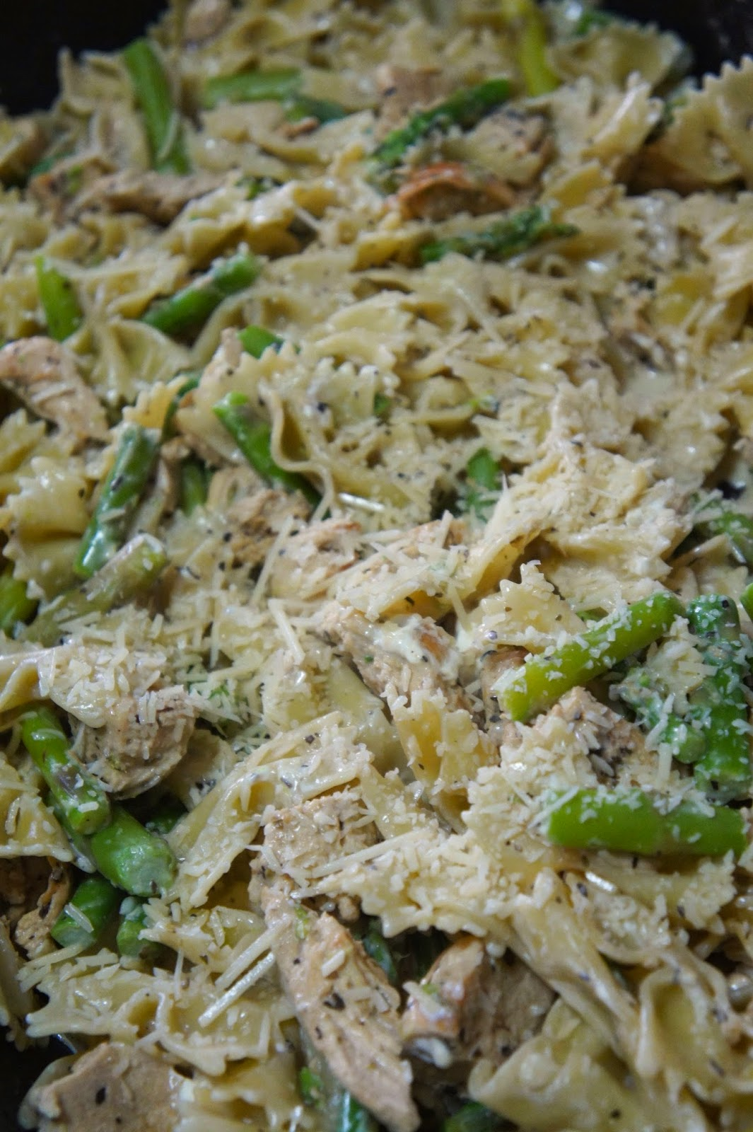 Chicken and Asparagus Pasta: Savory Sweet and Satsifying