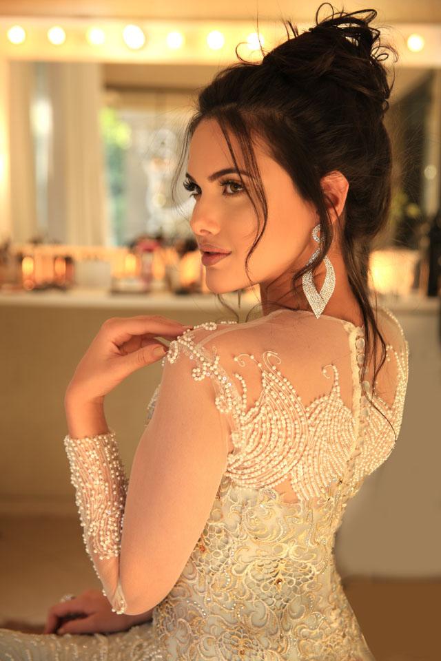 Além de miss, Emily Garcia é uma das estrelas do canal 'RezendeEvil'. Foto: Paulo Quinalia