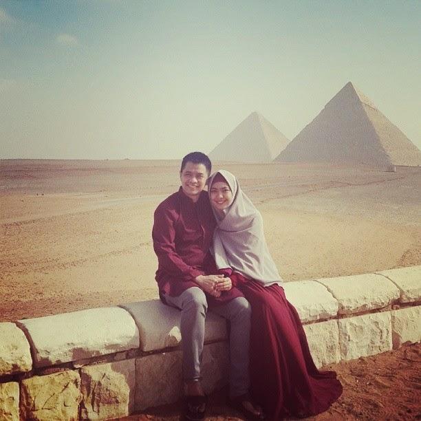 Oki Setiana Dewi dan suami