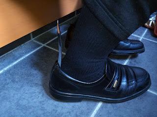 wumio 靴ベラ 携帯用 16cm ステンレス製 小さめサイズで革靴もしっかり履ける 営業や外出先の玄関で便利なシューホーン