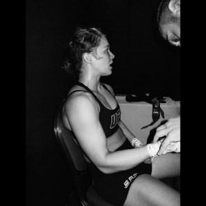 Foto Seksi Ronda Rousey UFC paha mulus