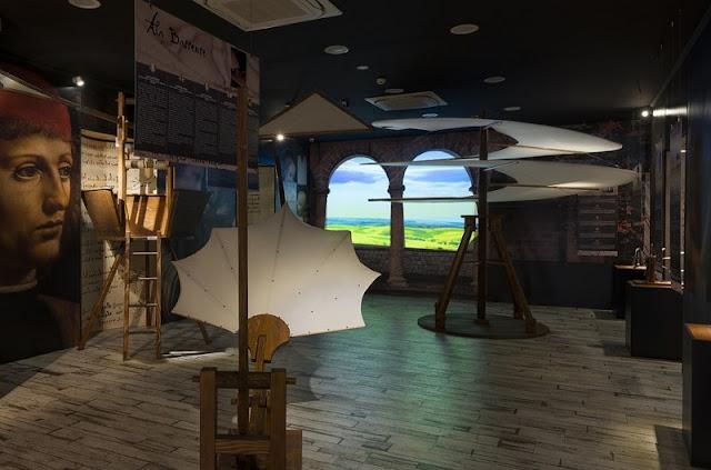 Interior do museu Leonardo Da Vinci Experience