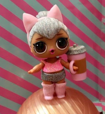 LOL Surprise Baby Dolls Series 2 Gold Ball Kitty Queen