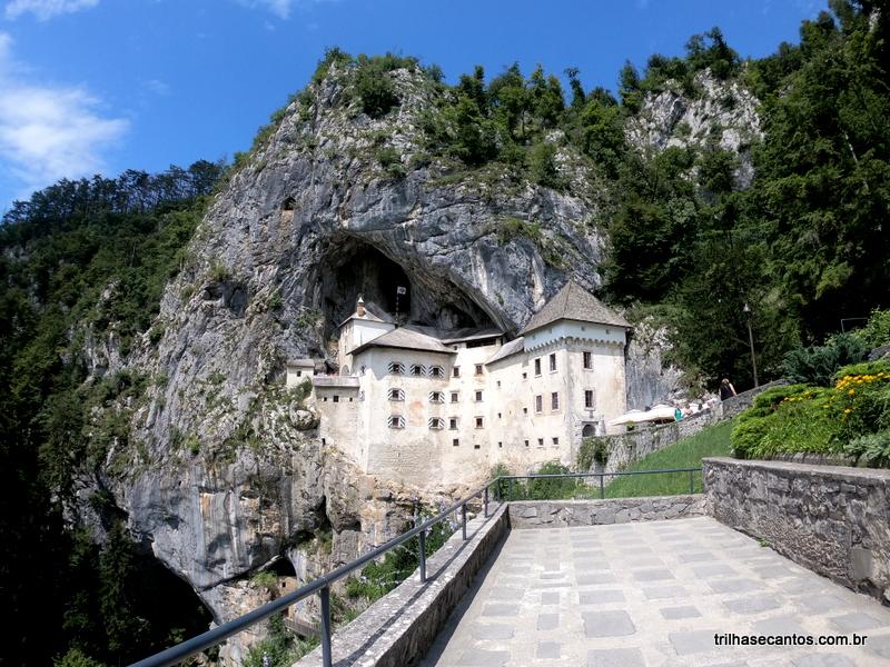 Castelo em uma rocha