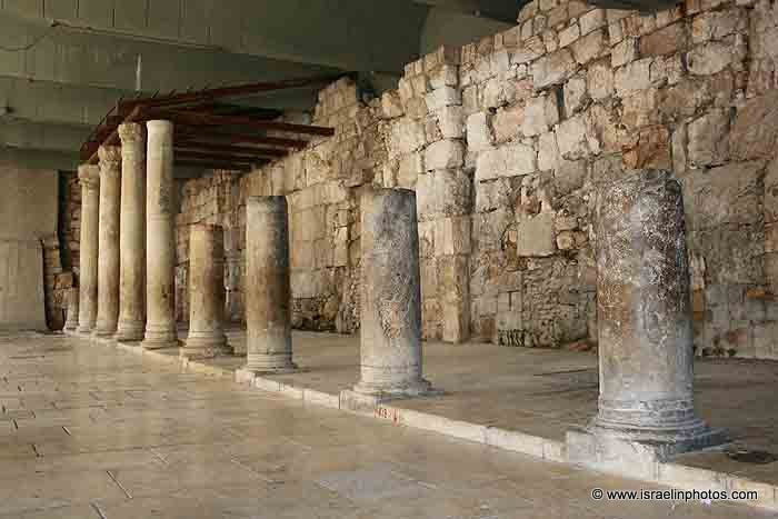 Israel In Photos Jerusalem S Cardo Jewish Quarter Old