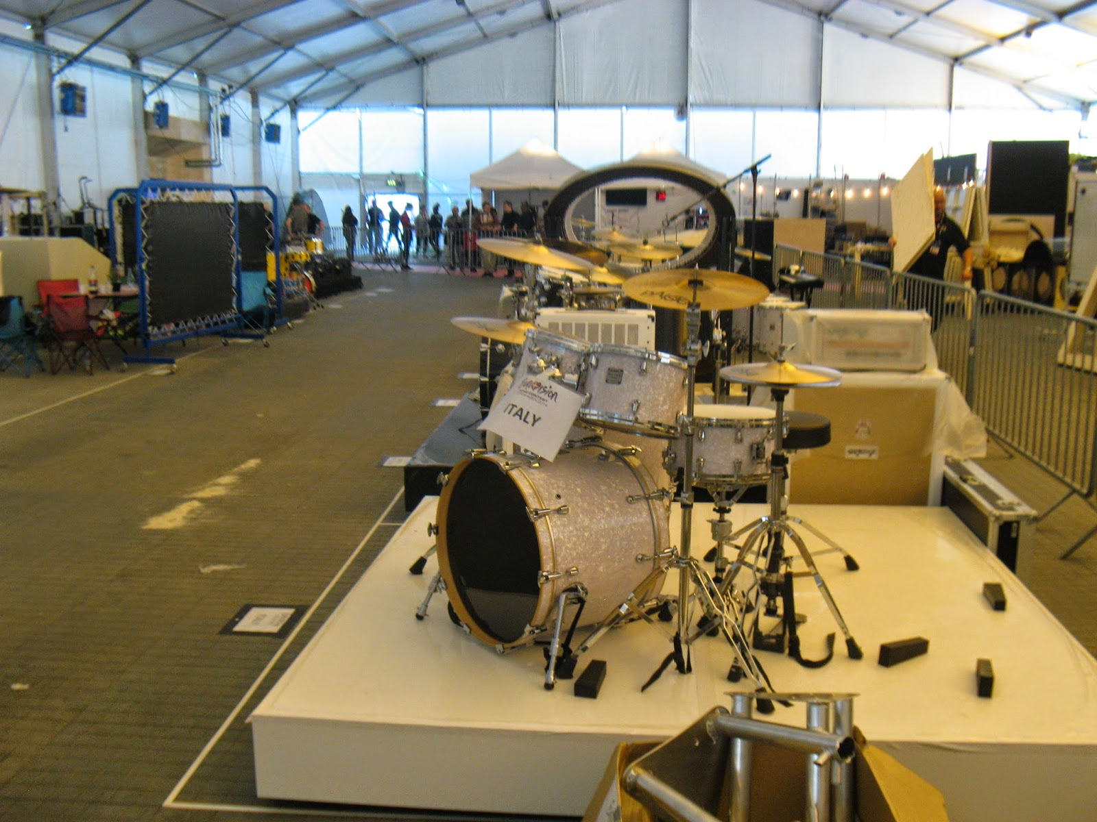 Life After Helsinki 2007 Eurovision April 2014 Hello Nuku Panama Brown Wedges Cokelat Tua 36 As We Know Many Countries Have Some Special Props Everything From Drum Sets To Something Weird And Strange Here Are I Spotted Today Backstage