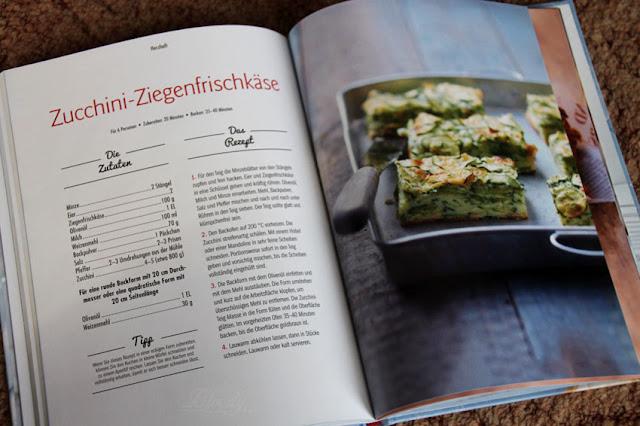 Zucchini-Ziegenfrischkäse Rezept aus dem Buch 'Superkuchen! 90% Frucht - 10% Teig'