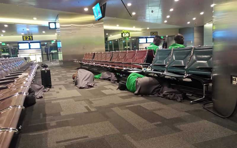 gor - Outrage as GOR MAHIA players are forced to sleep on the floor at Doha Airport ahead of crucial CAF match in Morocco (PHOTOs)