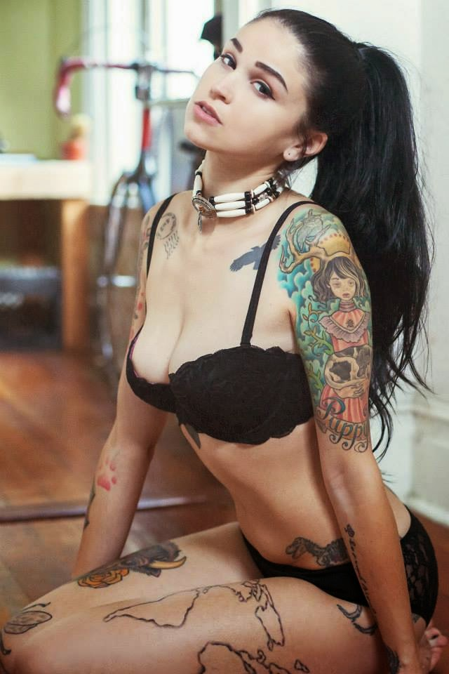 Bully suicide sexy tattooed girls for Naked tattooed girl
