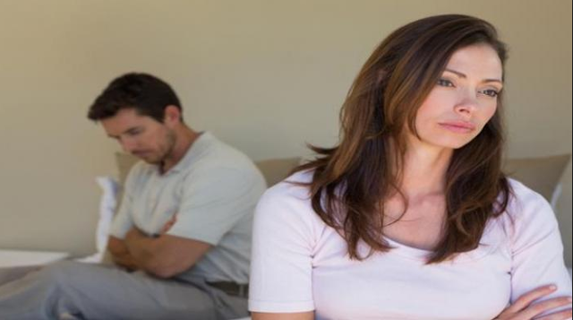 Hal yang harus dilakukan oleh seorang istri jika suami lemah di ranjang atau mengalami impoten