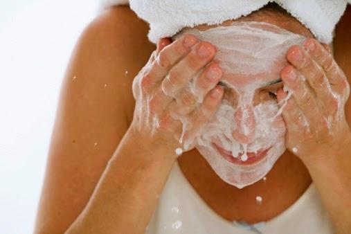 ล้างหน้าลดสิวตอนท้อง