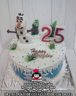 Kue Ulang Tahun Tema Olaf Frozen