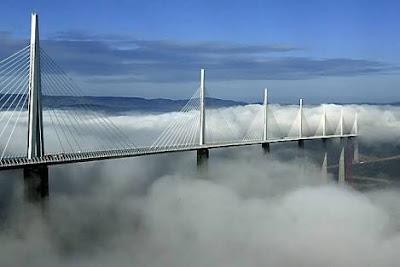 Jembatan Le Viaduc de Millau, Perancis