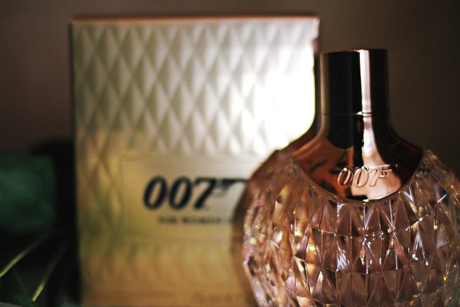 007 pink champange