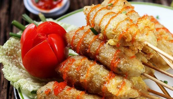 Ini adalah masakan yang sedang ngetren sekarang ini Ini Dia Resep Sempol Ayam Wortel Lezat Menggigit